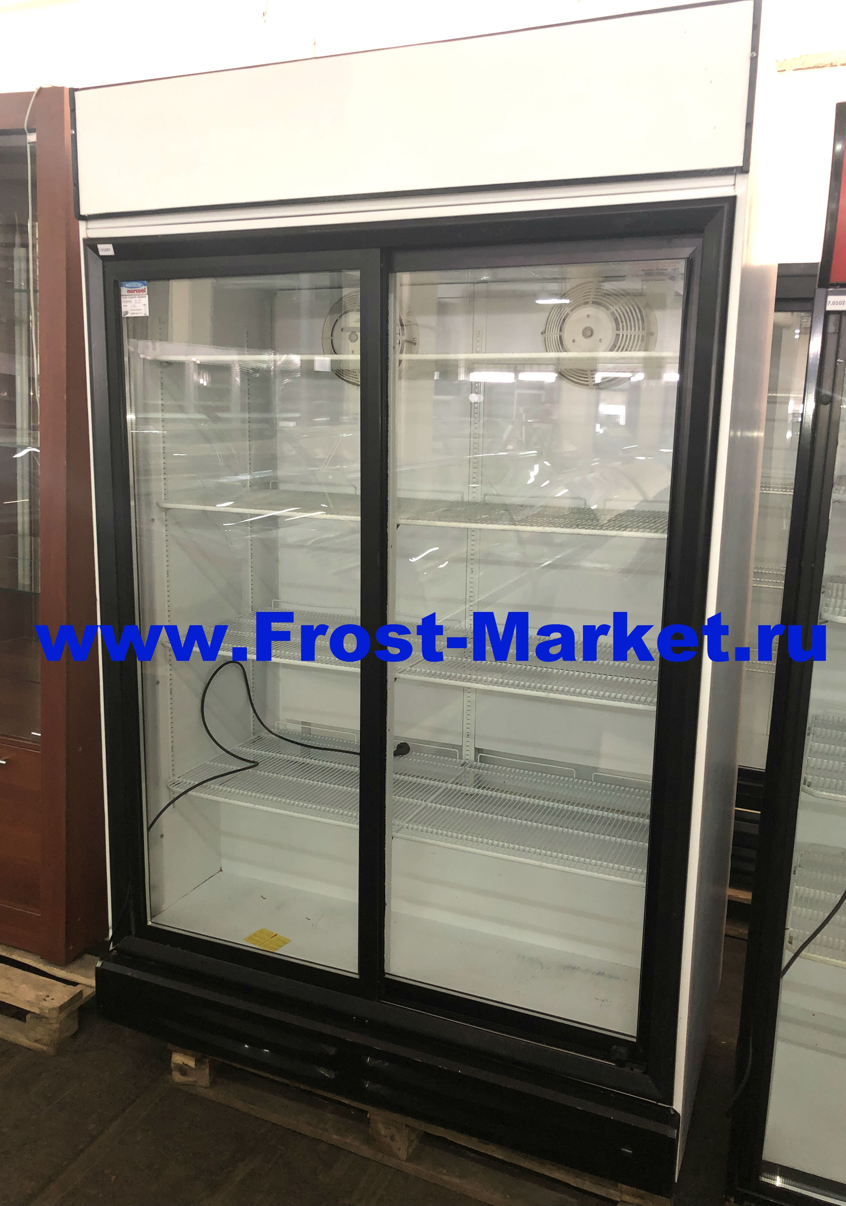 Шкаф холодильный б у Norcool S 1300